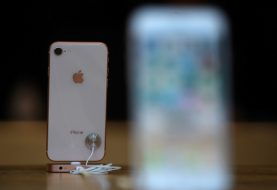 Apple prüft, ob das iPhone 8 während des Ladevorgangs aufteilt