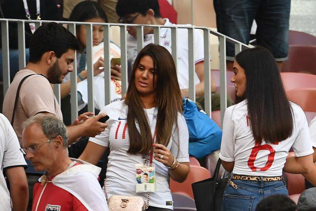 Fern Hawkins und Rebekah Vardy vor dem WM-Halbfinale zwischen Kroatien und England