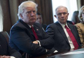 Trump Administration fordert Facebook-Informationen über Anti-Trump-Aktivisten