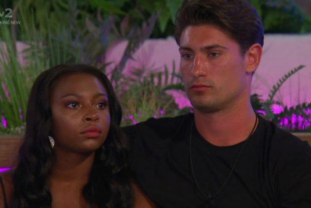 Love Islands Frankie Foster enthüllte, dass er nicht wollte, dass Samira Mighty die Villa verlässt