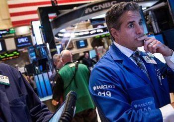 Globale Märkte, die historischen Verkaufssturm sehen