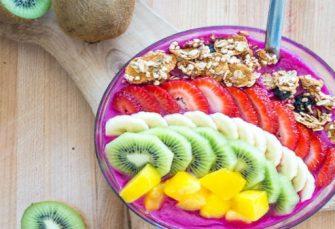 Drachenfrucht Smoothie Bowl